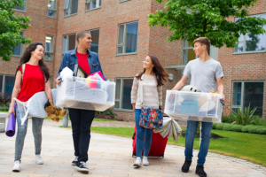 Calli-Institute_Crash-Course-in-College_college-students-moving-in